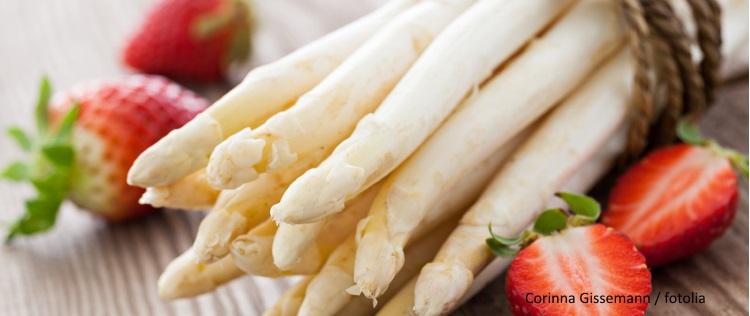 EcoTopTen Saisonrezept Mai: Spargel und Erdbeeren